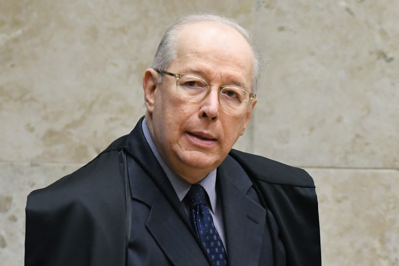 Celso de Mello prorroga por mais 30 dias inquérito que apura se Bolsonaro interferiu na PF