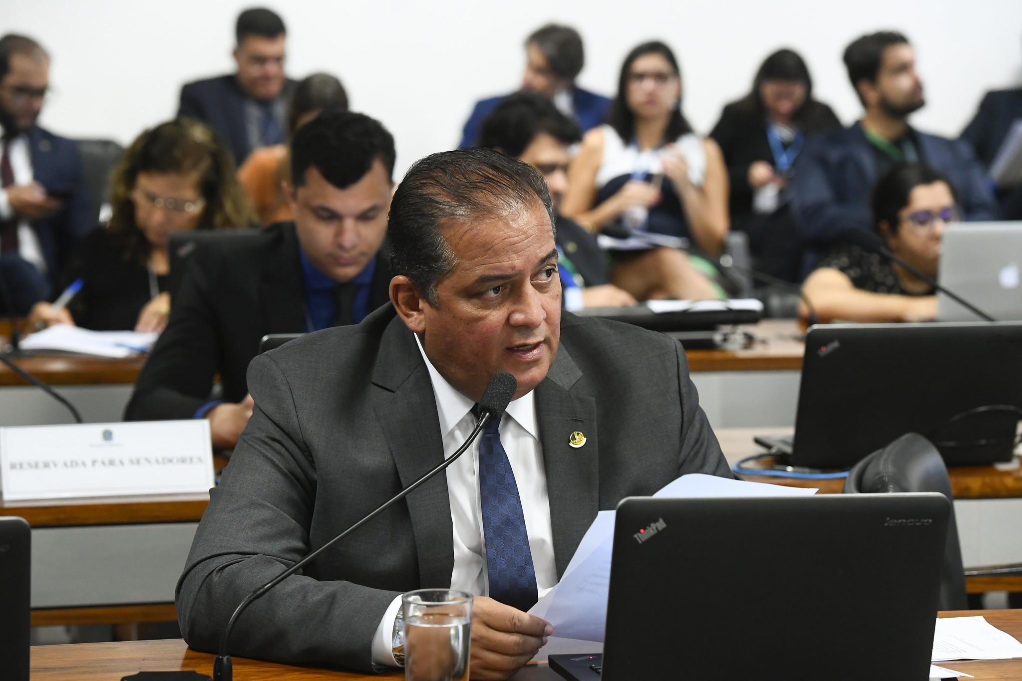 Líder diz que base de Bolsonaro no Congresso vai construir alternativa para o Renda Brasil