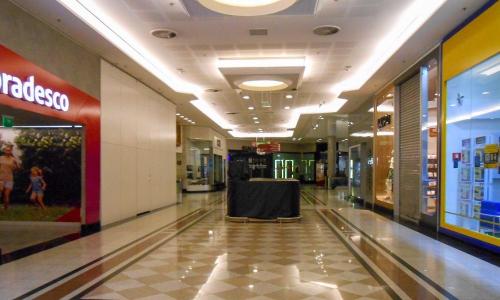 Seis shoppings de São Paulo acumulam 84 ações de despejo contra lojistas, aponta levantamento