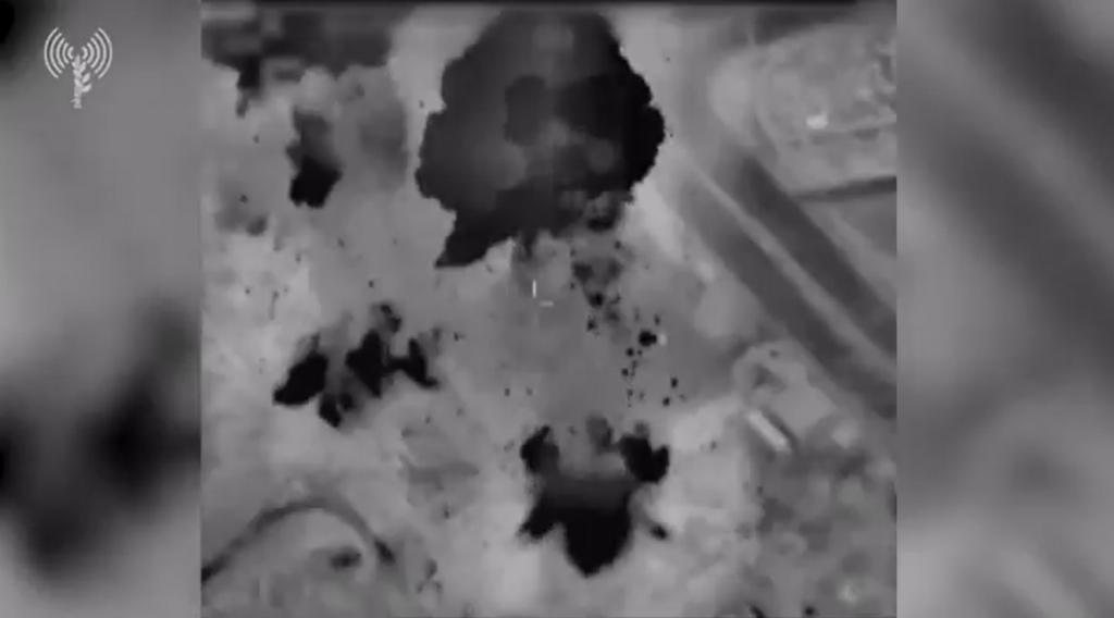 Israel faz novo ataque contra Gaza após ser alvo de balões incendiários